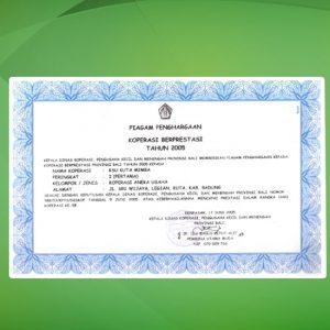 2.Manajer Kuta Mimba (I Nyoman Santun SE) menerima piagam sbg.  Pemuda Pelopor di bidang Koperasi di tingkat nasional (1990).